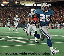 Detroit's Barry Sanders on a scoring run