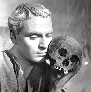 Sir Laurence Olivier as Hamlet